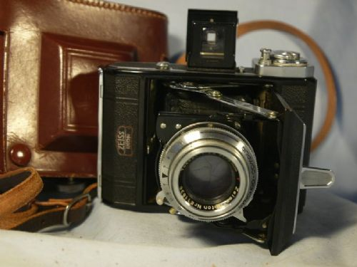 '      521 -OPTON TESSAR- 500TH -MINT-  ' Zeiss Ikonta 521 Folding Camera Cased c/w Opton Tessar Lens -CASED-MINT-NICE- £74.99